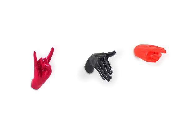 Дизайнерские крючки для одежды