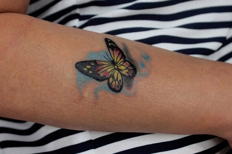 Татуировка с бабочкой в тюрьме
