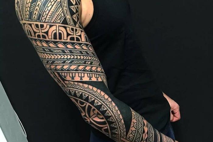 Татуировка в виде рукава