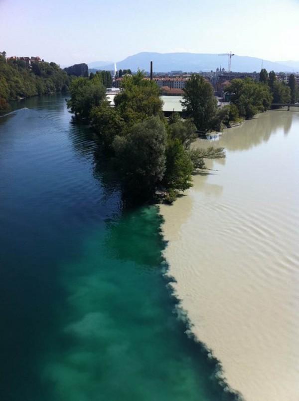 «Рандеву двух рек в Женеве», фото: I_let_my_dog_lick_my on Reddit