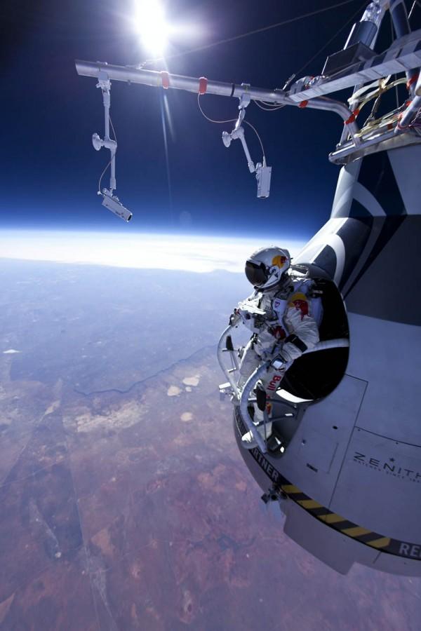 «Прыжок из космоса», фото: Jay Nemeth/Red Bull Content Pool