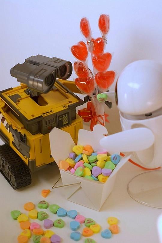 Робот Валли и робот Ева на валентинов день