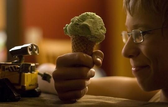 Валл-и хочет мороженное. Фото