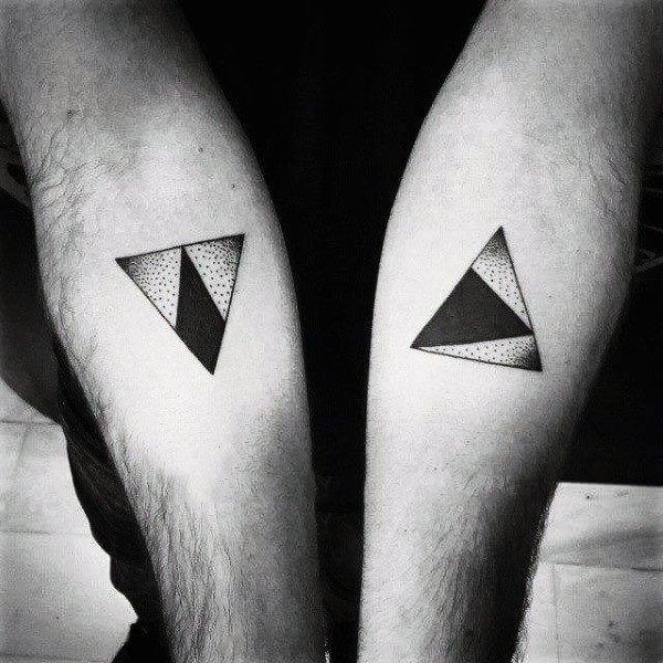 тату треугольники у мужчин