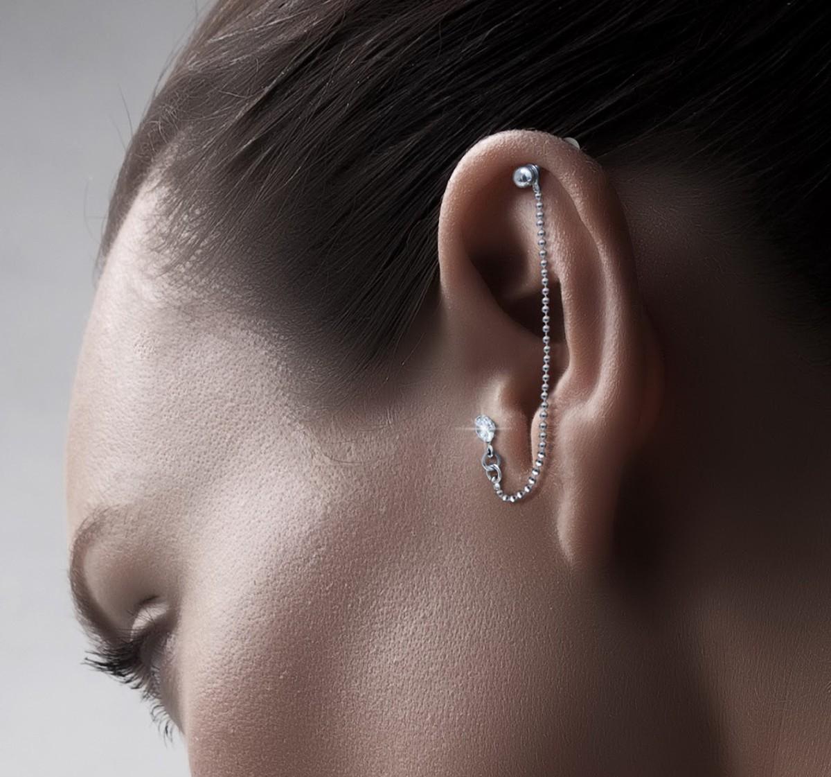 пирсинг на ушах цепочка