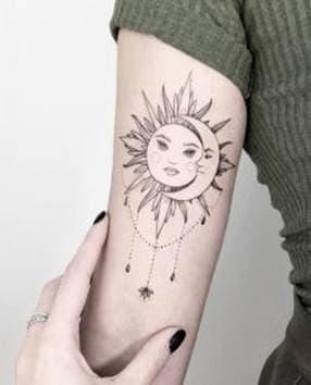Тату Солнце и Луна композиция