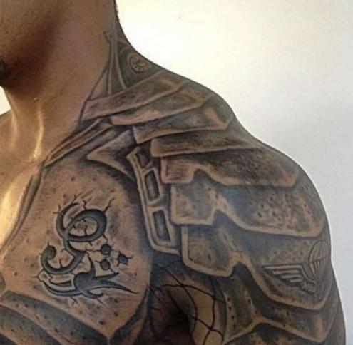 Рыцарская броня тату на шее