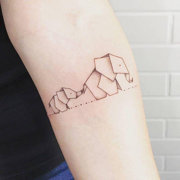 Слон в стиле Оригами