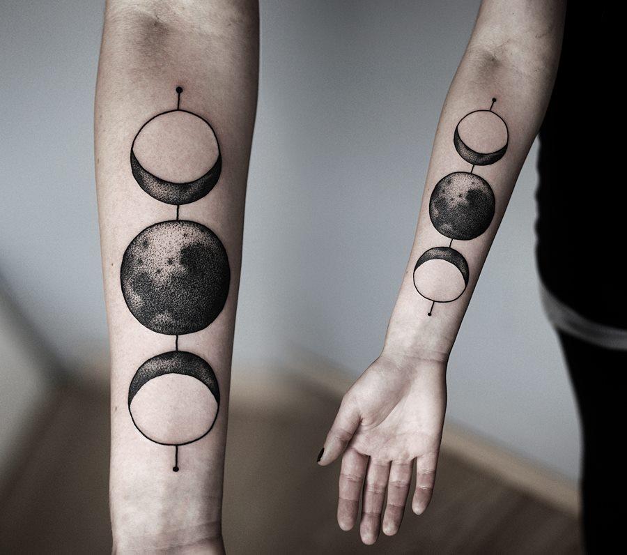 Точечная техника тату планеты