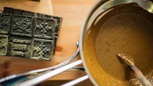приготовление пасты для мехенди