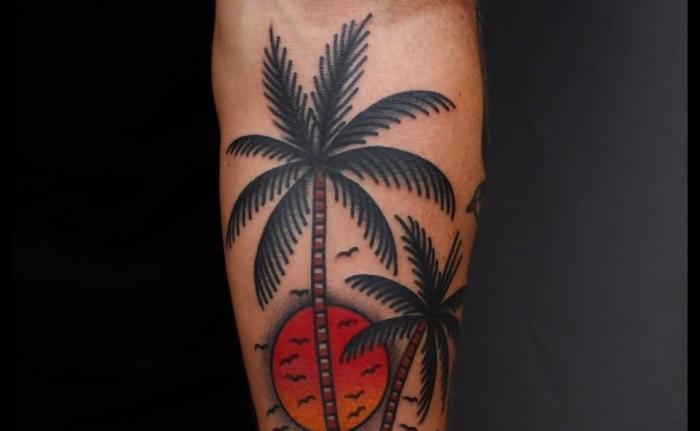 Небольшой эскиз пальмы для тату